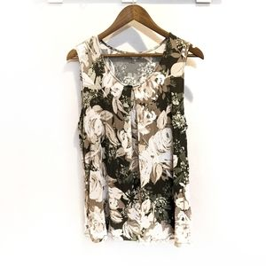 Croft and Barrow Sleeveless Green Floral Blouse
